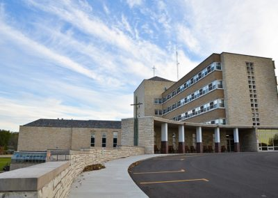 Windsor Park Senior Independent Apartment Complex Dubuque Iowa-1